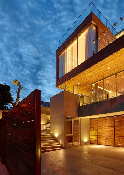 480+ Gambar Rumah Kayu Modern 2 Lantai HD