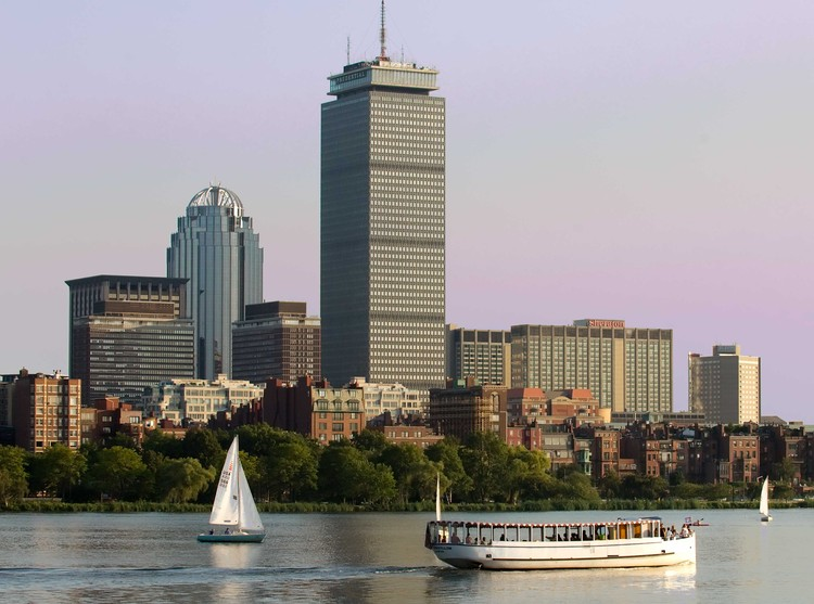 Architecture Cruises, Image courtesy of the Charles Riverboat Company.