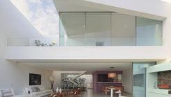 Casa AVE  / Martin Dulanto