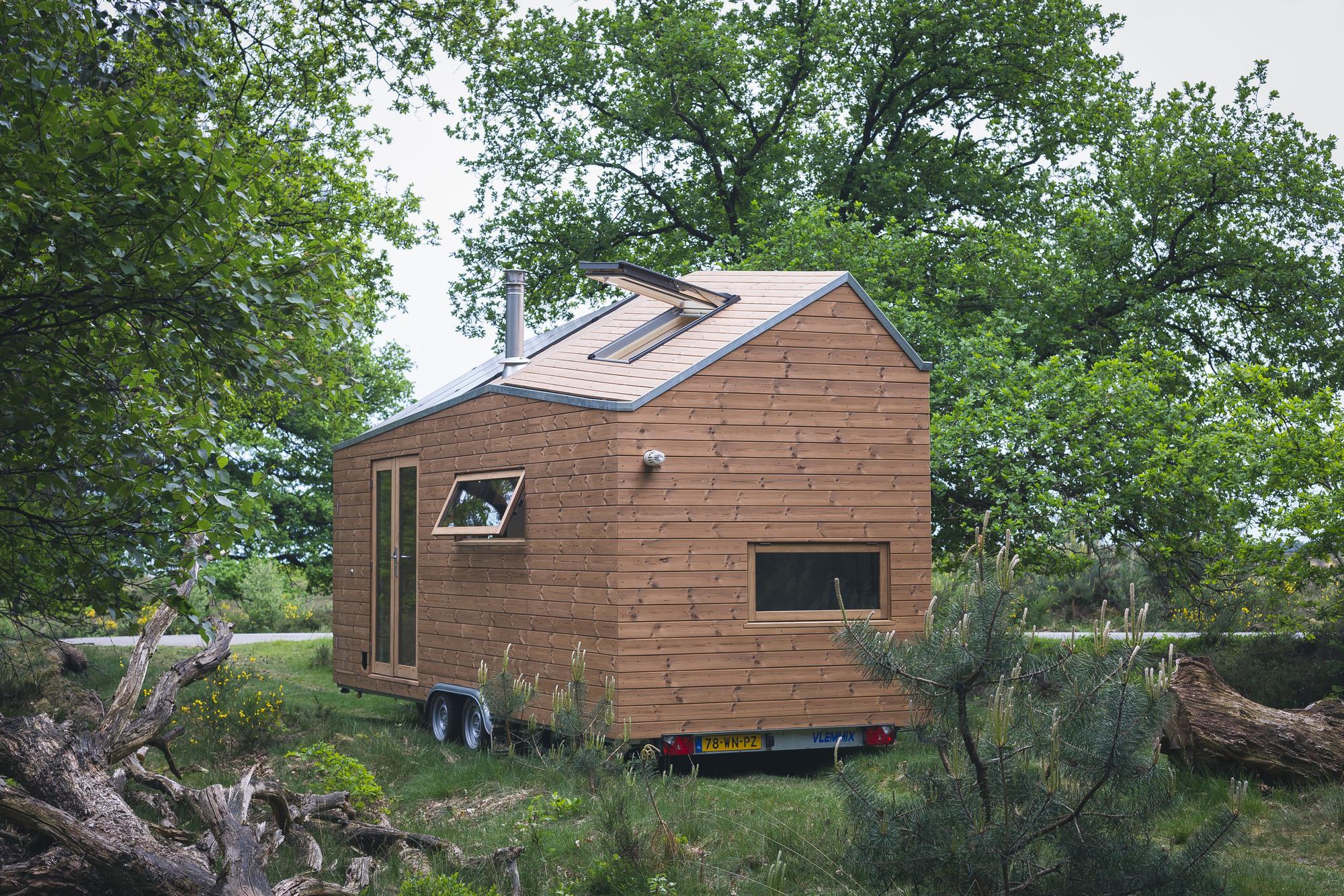 Harvard Designed Tiny Homes: Contemporary Tiny House / Walden Studio