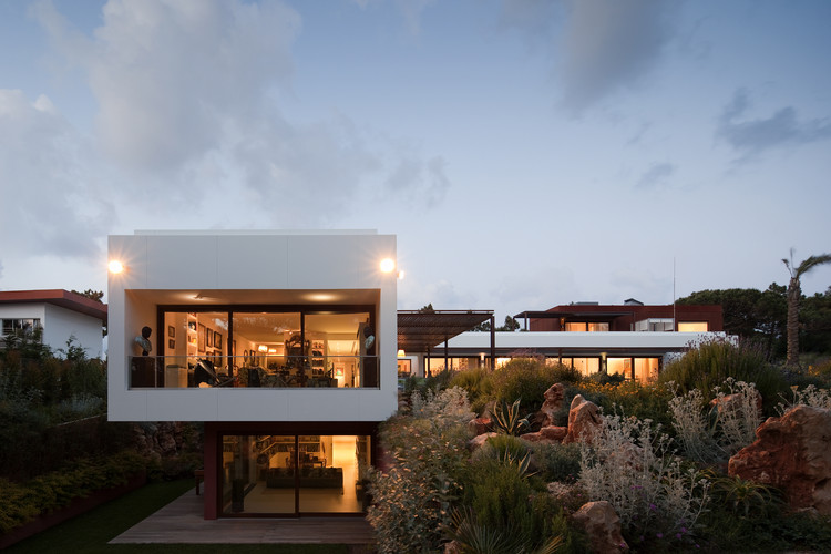 Casa Quinta Da Marinha / Fragmentos de Arquitectura, © Fernando Guerra | FG+SG