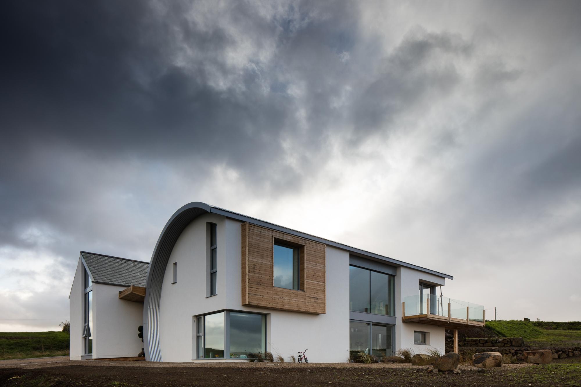 Casa Calle Ballymagarry / 2020 Architects