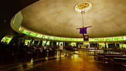 AD Classics: Parish of the Holy Sacrifice / Leandro V. Locsin