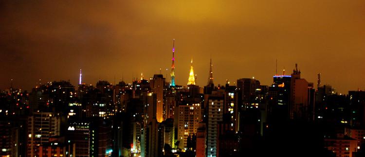Ranking das 50 cidades mais inovadoras do Brasil, segundo a Urban Systems, Panorâmica de São Paulo. Image © Flávio Conca, via Flickr. Licença CC BY-ND 2.0
