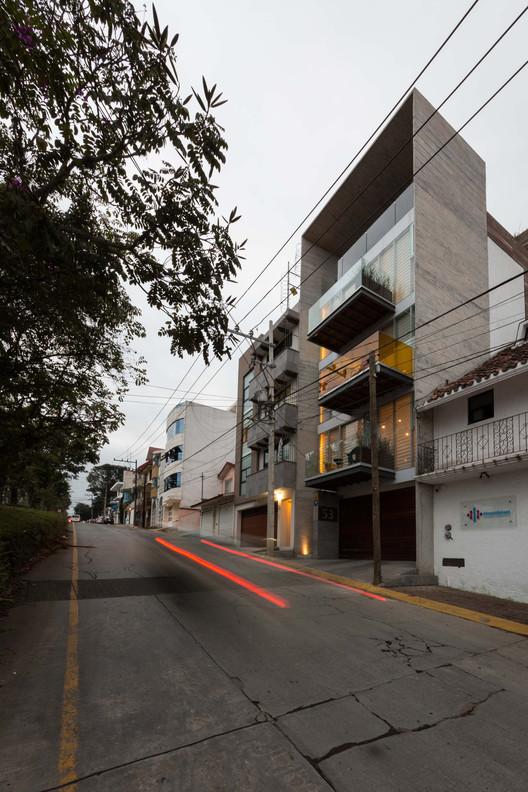 Edificio VH / BCA Taller de Diseño, © Nasser Malek