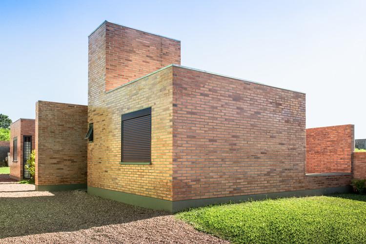 Gutter House / Núcleo de Arquitetura Experimental , © Alexandre Prass