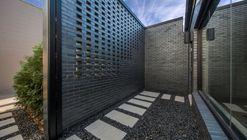 Royal House Recording / Saroki Architecture