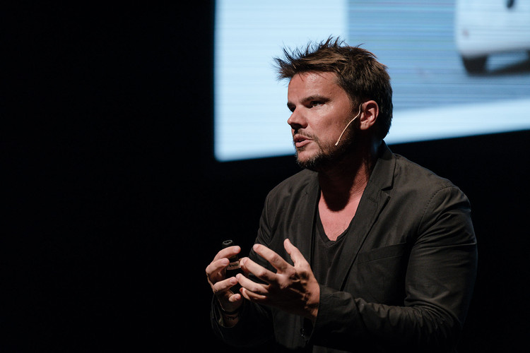 """Bjarke Ingels: """"Para mudar o mundo, deve-se poder copiar as ideias inovadoras"""", Bjarke Ingels (BIG). Image © Imagen Subliminal"""
