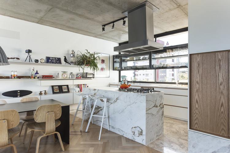 Kiev arquitetura nacional archdaily brasil for Cucina quadrata 2x2
