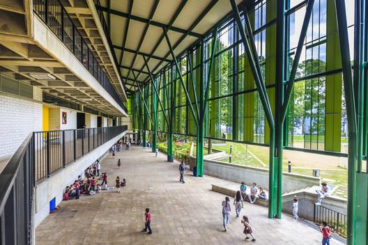 Centro Educativo 'Montecarlo Guillermo Gaviria Correa' / EDU - Empresa de Desenvolvimento Urbano de Medellín