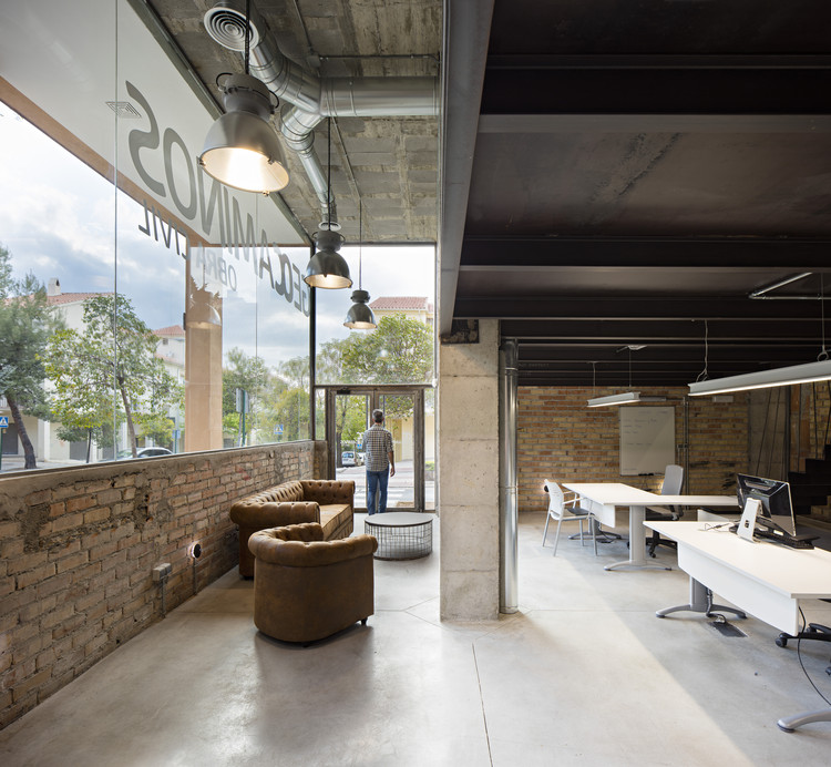 Geocaminos Office  / Arias Recalde Taller de Arquitectura, © Javier Callejas Sevilla