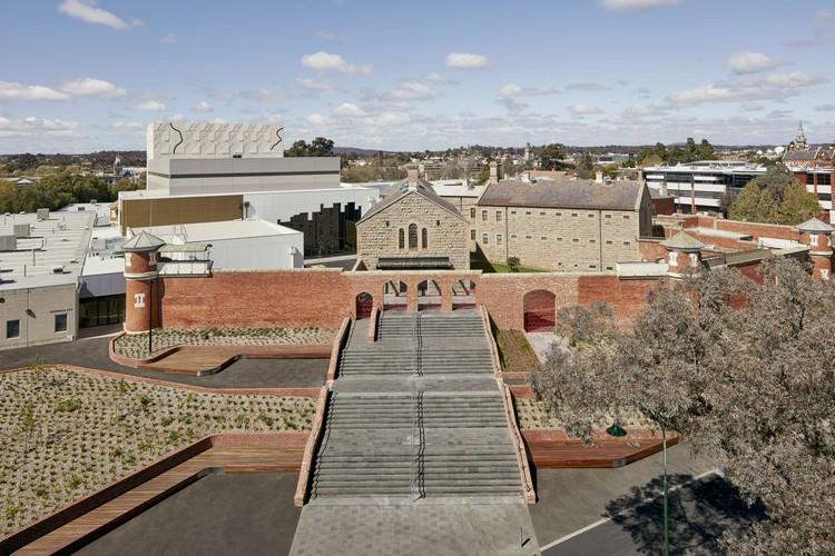 Ulumbarra Theatre  / Y2 Architecture, © Peter Clarke