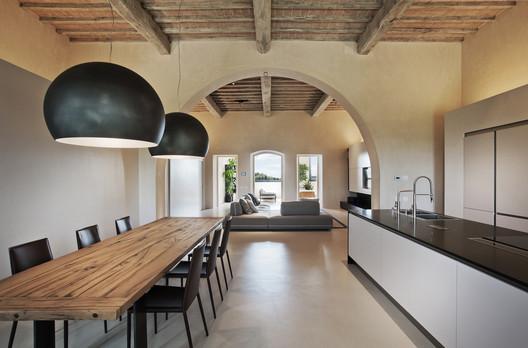 Villa in Monteriggioni  / CMTarchitects