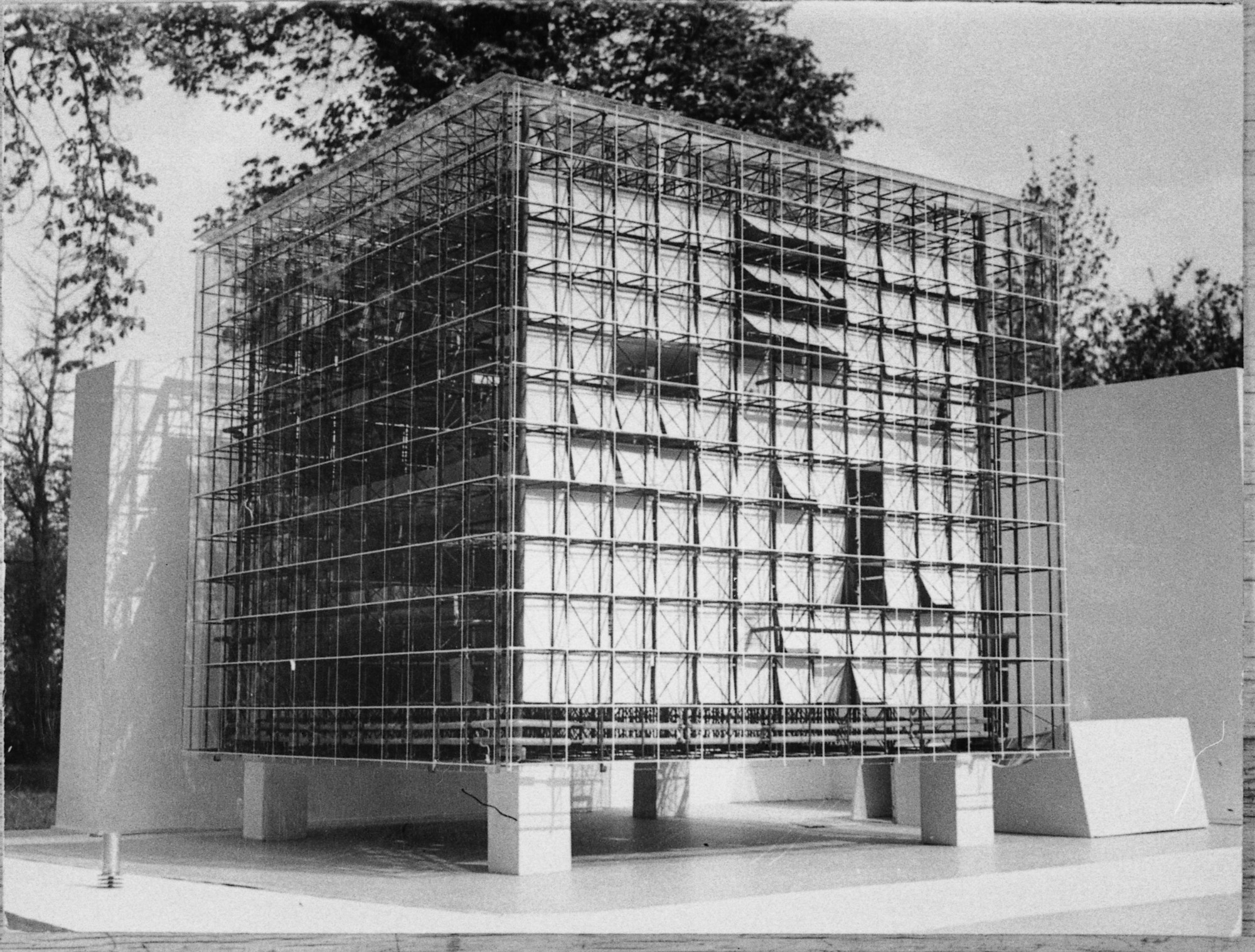oskar hansen exhibition to open at yale school of architecture courtesy of stanisaw zamecznik archive - Modern Architecture Exhibition