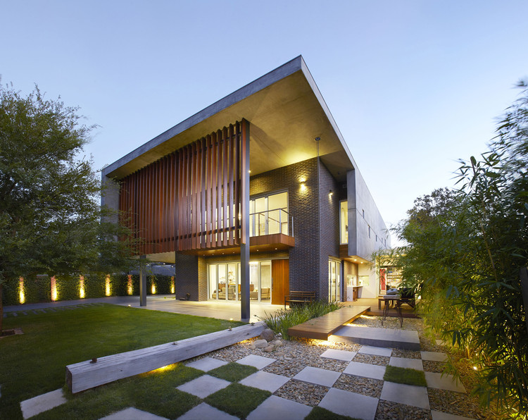 The Wolf House / Wolf Architects, © Dave Keluza