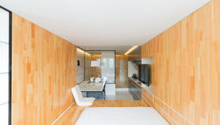 Apartment 37 / Atelier Mearc