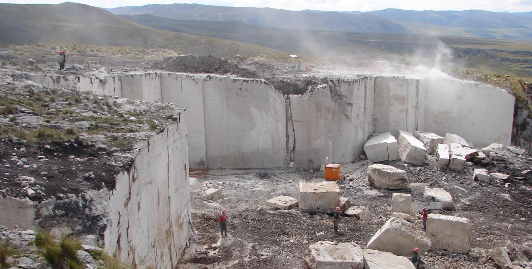 Galer a de materiales utilizaci n del m rmol en el per 3 for Materiales de marmol