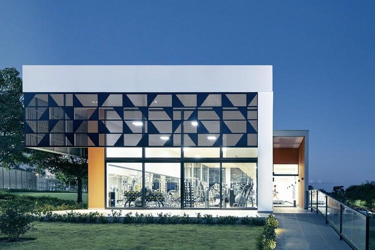 Academia Clube Aphaville Londrina / Raffo Arquitetura, © Marcos Fertonani
