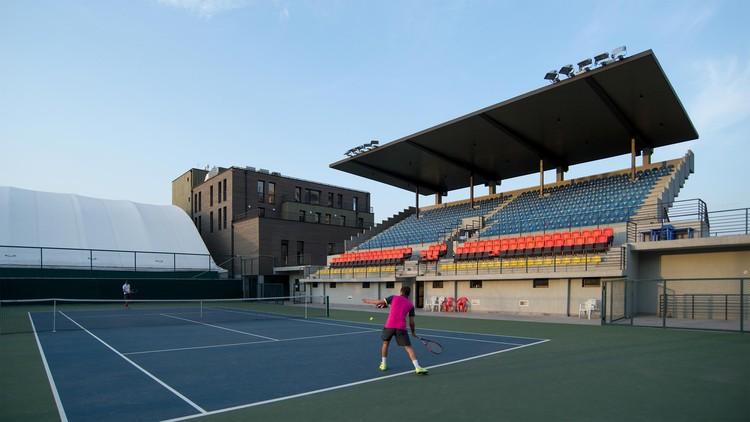 Olympic Tennis Court / Artstudio Project, © Sandro Sulaberidze