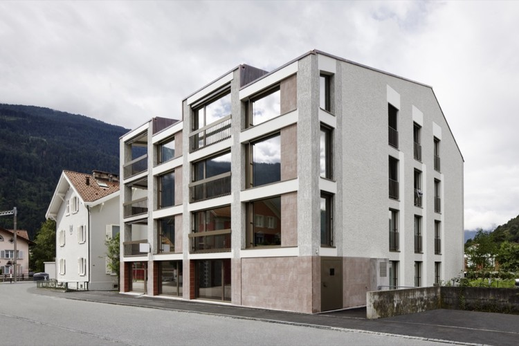 Multi-family House La Contenta / Aita Flury, © Ralph Feiner