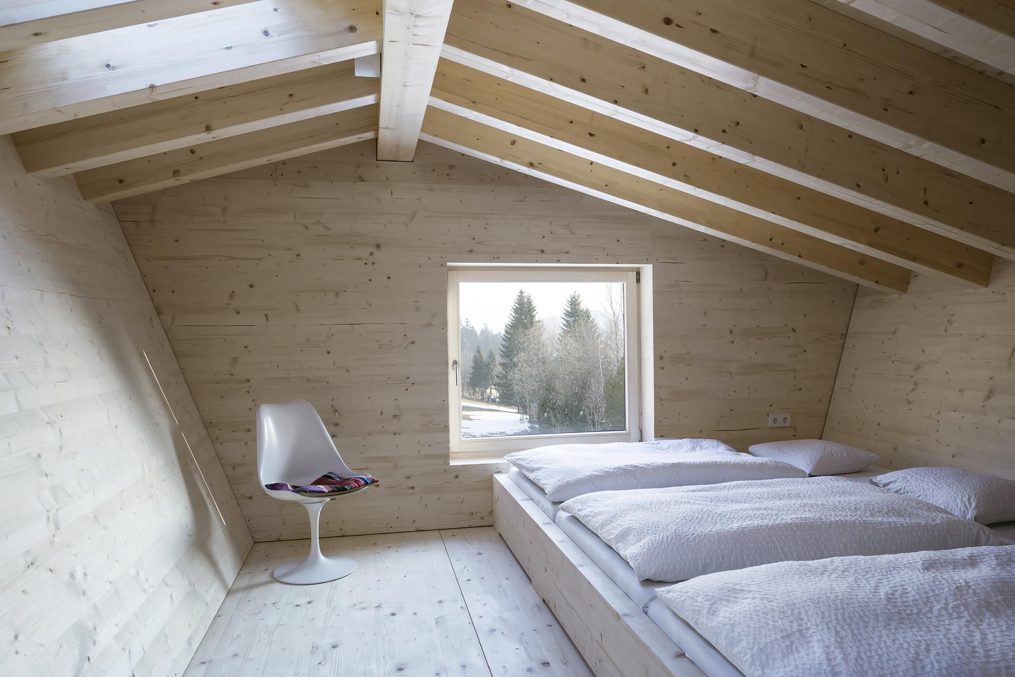 gallery of house p yonder architektur und design 23. Black Bedroom Furniture Sets. Home Design Ideas
