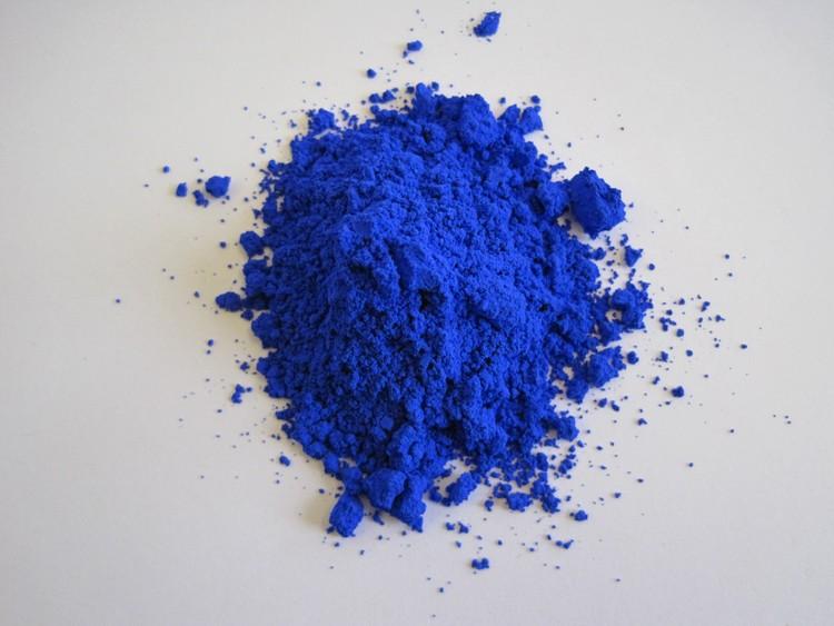 Químicos descubren pigmento azul que ayudaría a enfriar la temperatura de los edificios, Mas Subramanian. Imagen cortesía de Oregon State University