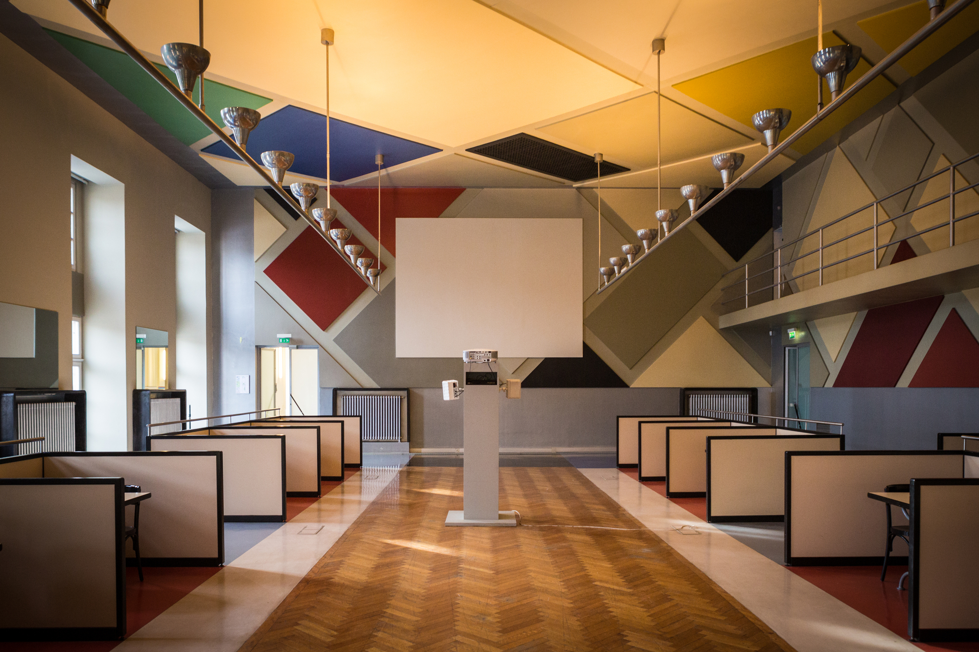 AD Classics: Café l\'Aubette / Theo van Doesburg | ArchDaily