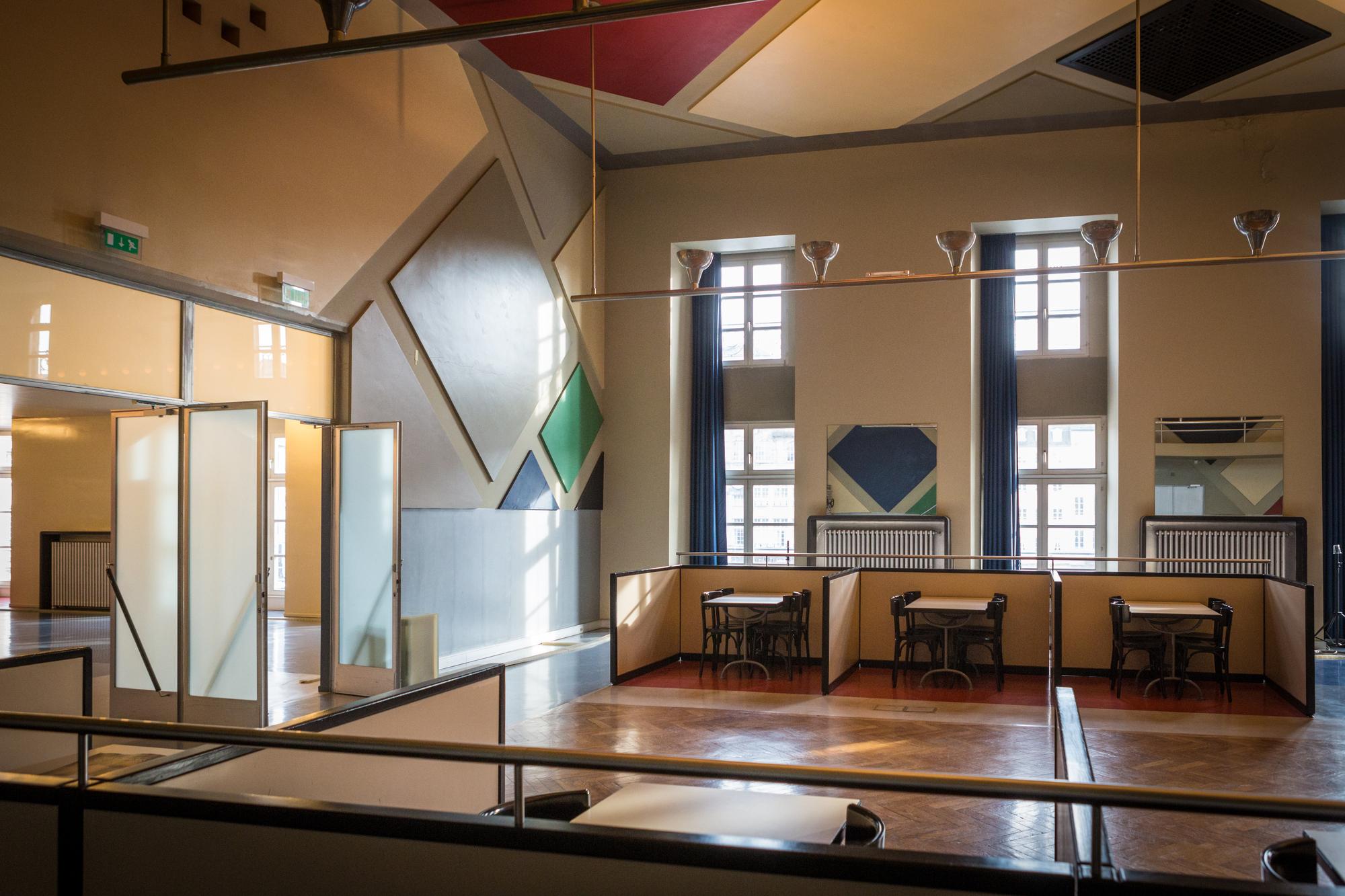 gallery of ad classics caf l 39 aubette theo van doesburg 7. Black Bedroom Furniture Sets. Home Design Ideas