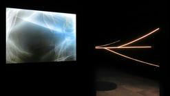 """""""De Rivus"""", una exposición de luces y reflejos por David Scognamiglio"""