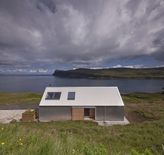 Tinhouse / Rural Design