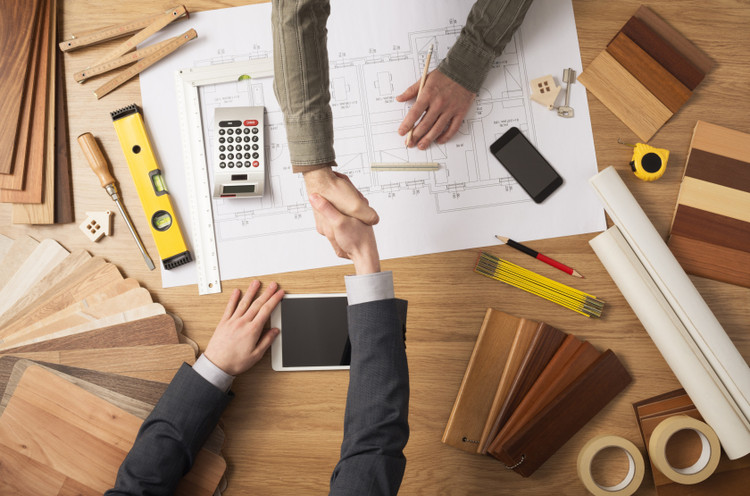 Este sitio web te ayudará a calcular tus honorarios en Arquitectura, © Stock-Asso via Shutterstock