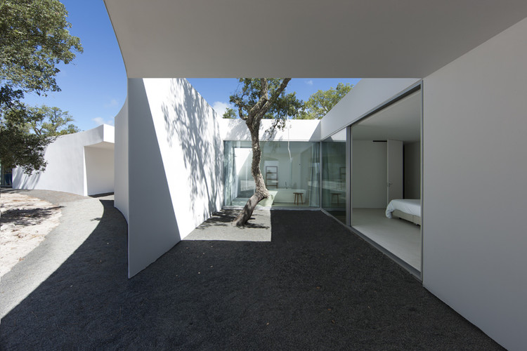 Casa na costa alentejana / Aires Mateus, © Juan Rodriguez