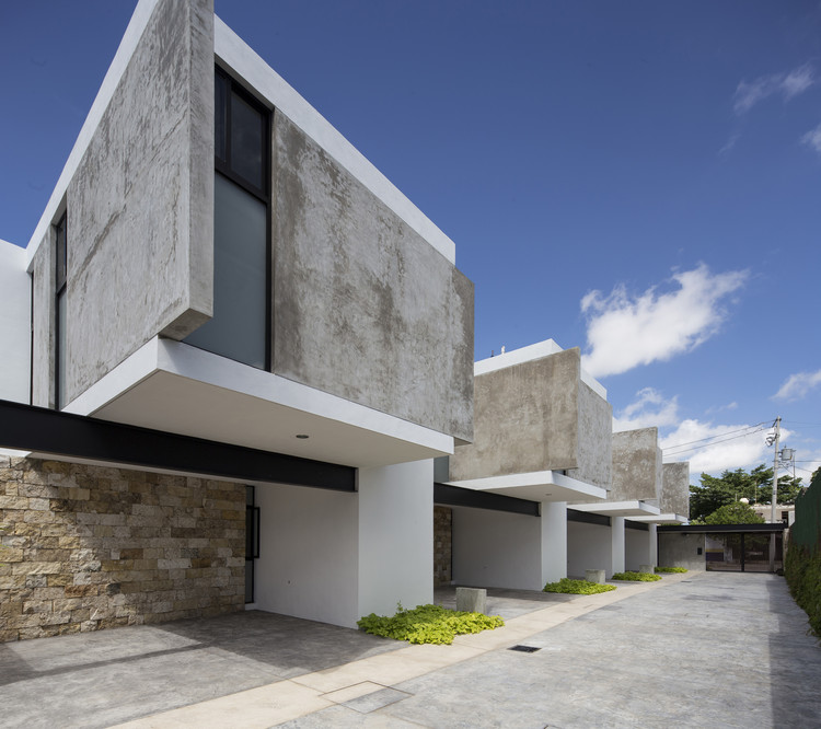 Apartamentos EZ4  / P11 Arquitectos, © Eduardo Calvo Santisbón