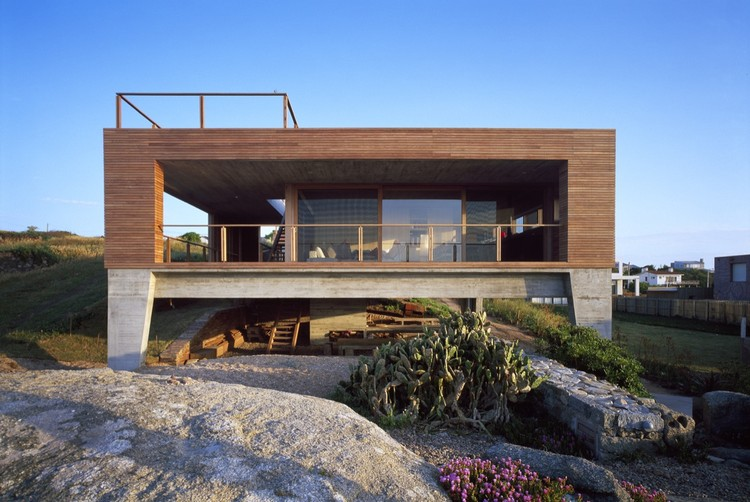 Casa la roca mathias klotz plataforma arquitectura for Casa la roca