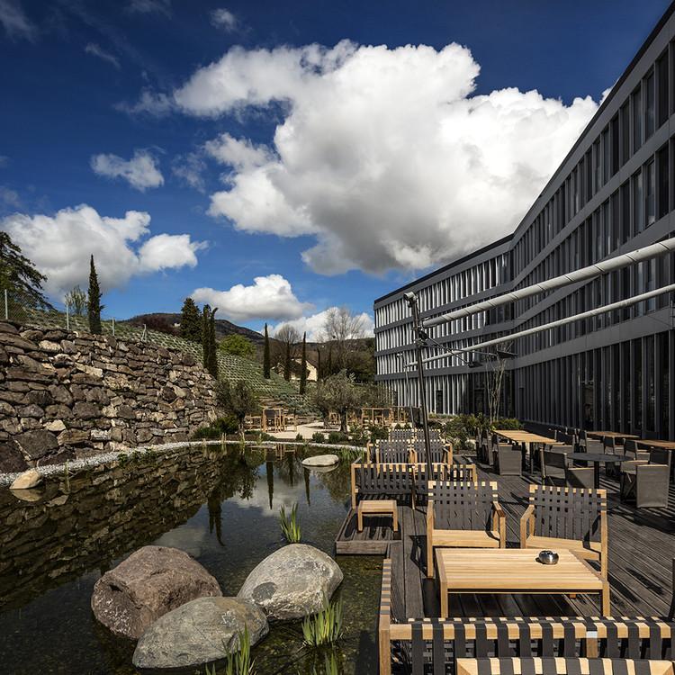 Modern Times Hotel / Itten+Brechbühl, © Fernando Guerra | FG+SG