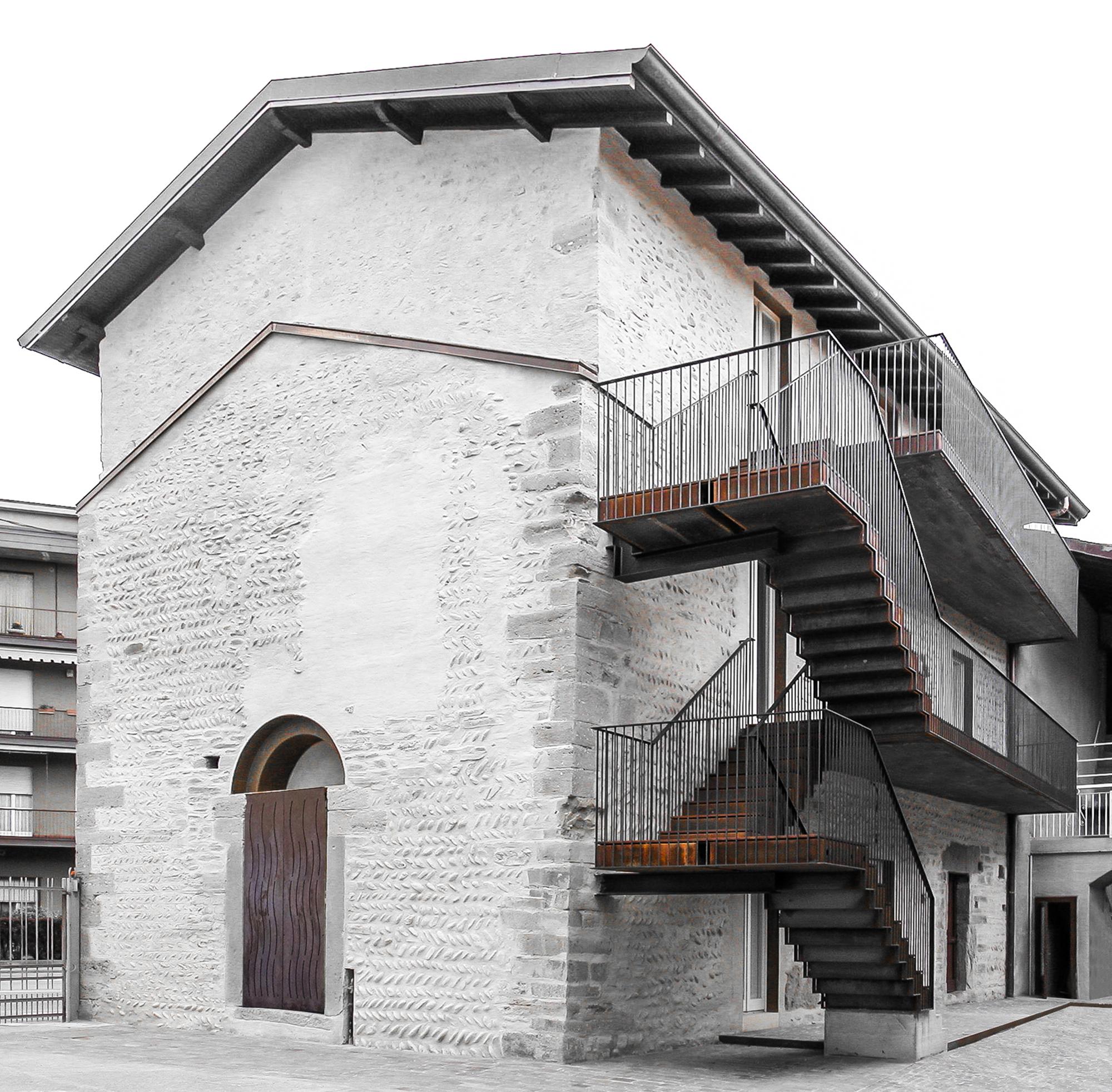 Restauración del Monasterio San Giuliano / CN10 architetti