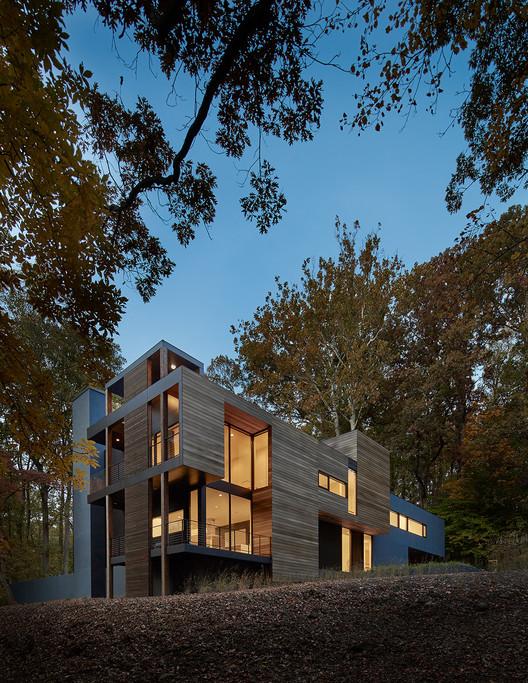 Mohican Hills House / Robert M. Gurney   ArchDaily