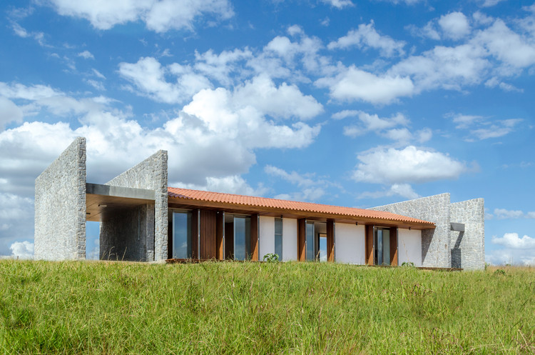 Casa ER  / Estúdio MRGB, © Estúdio MRGB