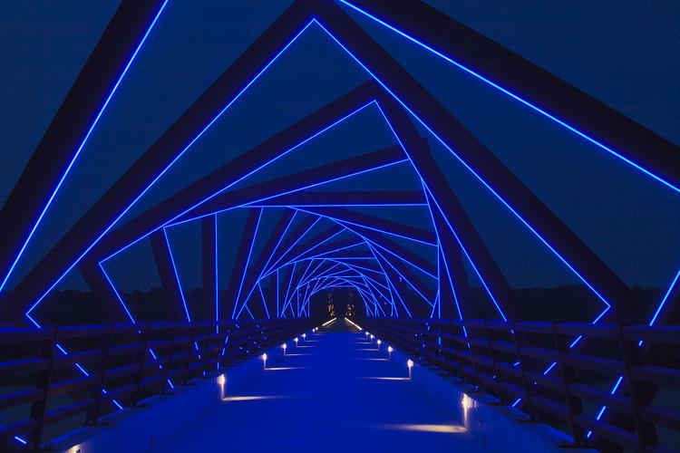 Puente High Trestle Trail / RDG Planning & Design, © Iris22 Productions