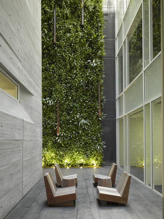 Escritórios Leblon  / Richard Meier & Partners, © Roland Halbe