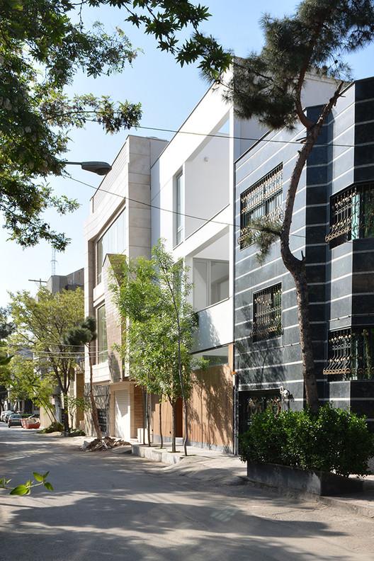 Bozorgmehr House / EOT Design Studio, © Mahmoud Ganji