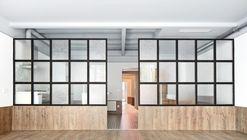 Tamarit Apartment / RAS Arquitectura
