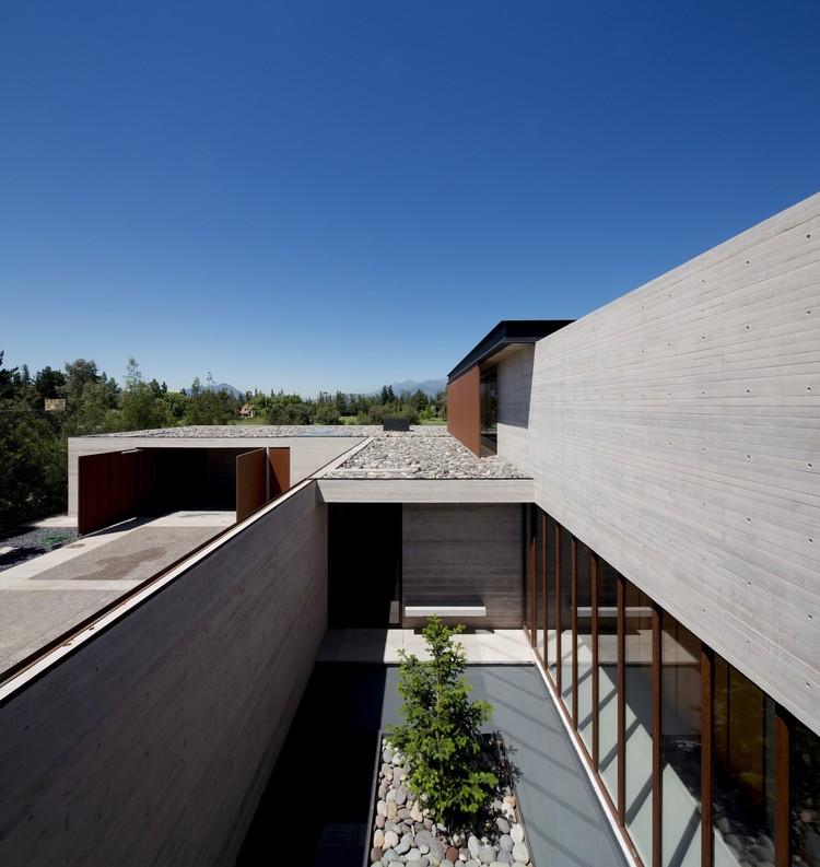 House in Linderos  / Cristian Hrdalo, © Nico Saieh