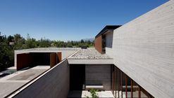 Casa en Linderos / Cristian Hrdalo