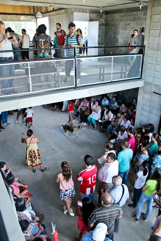 Arquitectura frente a la injusticia espacial: 'Centro Misionero Pere Riera' en Buenos Aires / Proyecto Habitar, vía Proyecto Habitar