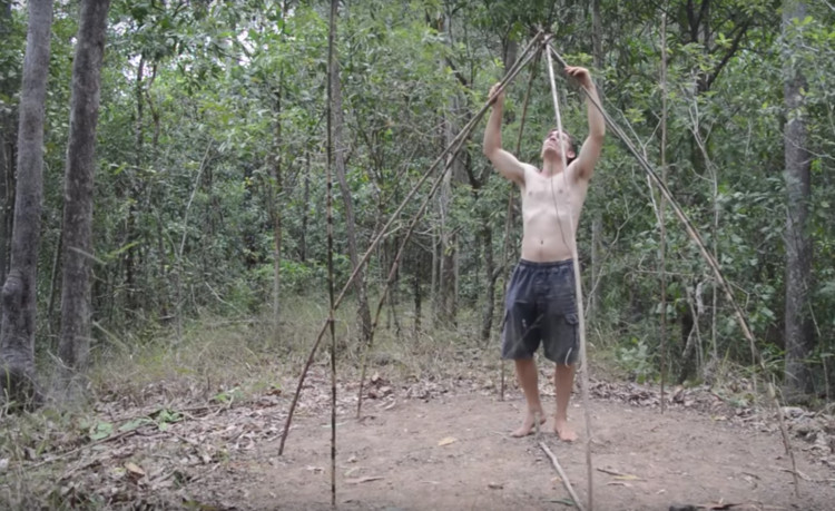 Watch How To Build A Primitive Hut Archdaily