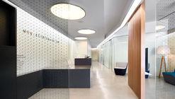 IOC clínica dental en Vecindario   / Padilla Nicás Arquitectos