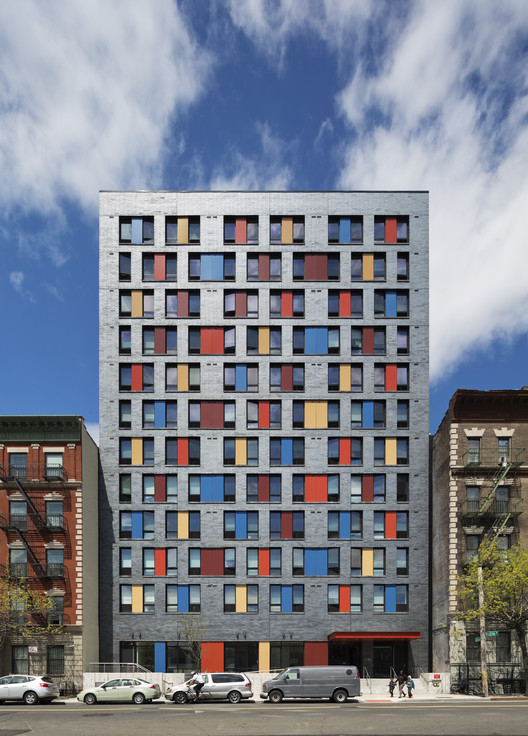 Boston Road / Alexander Gorlin Architects, © Michael Moran