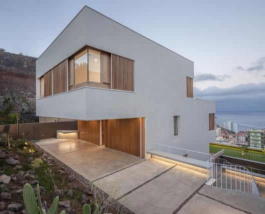 CasaChris / Equipo Olivares Arquitectos