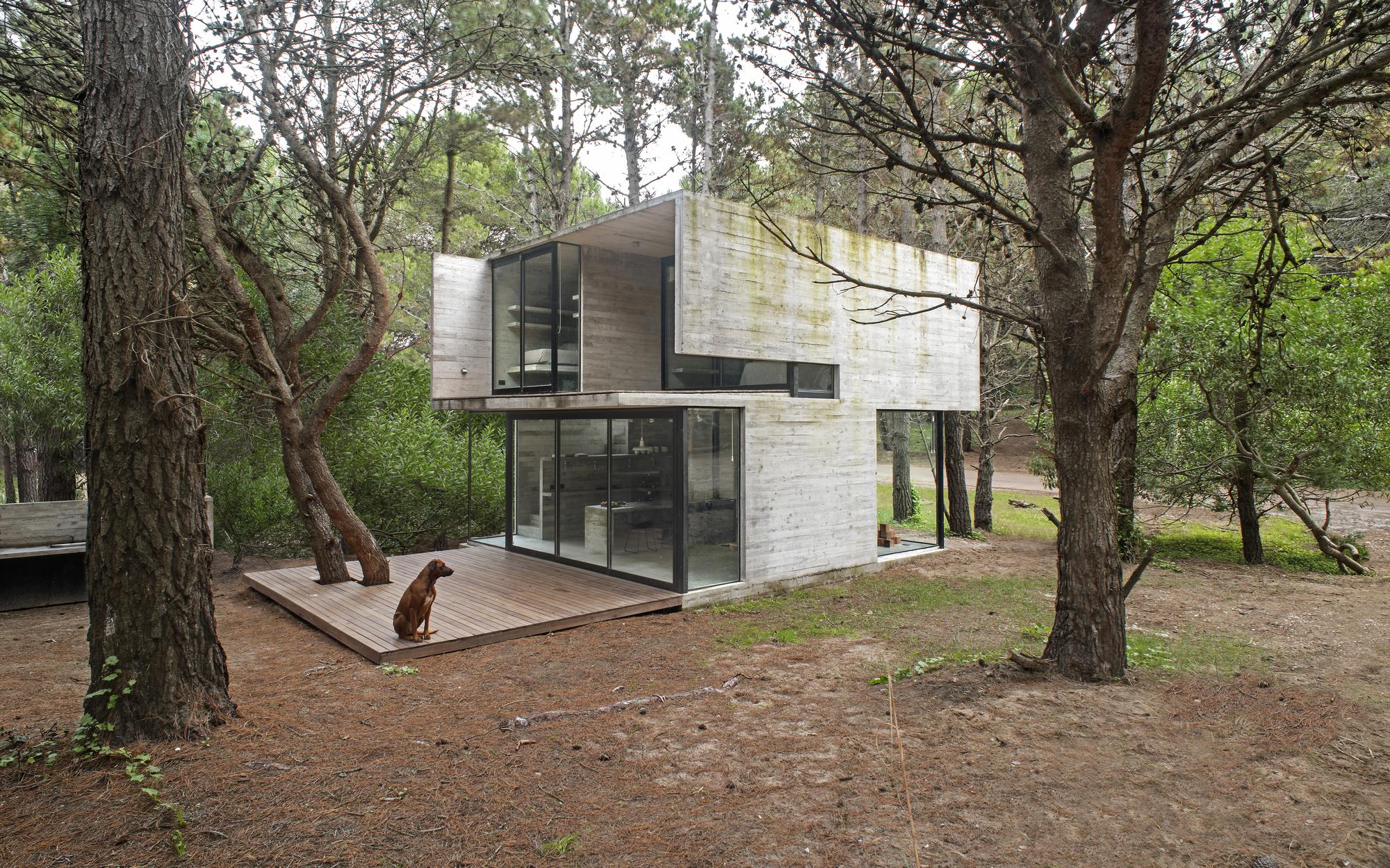 H3 House / Luciano Kruk